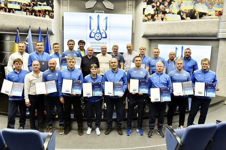 PRO-дипломи УЄФА отримала чергова група українських спеціалістів