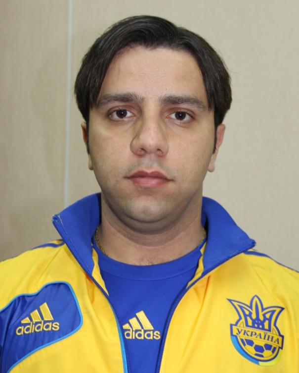 Есмі Луіс Бехзад