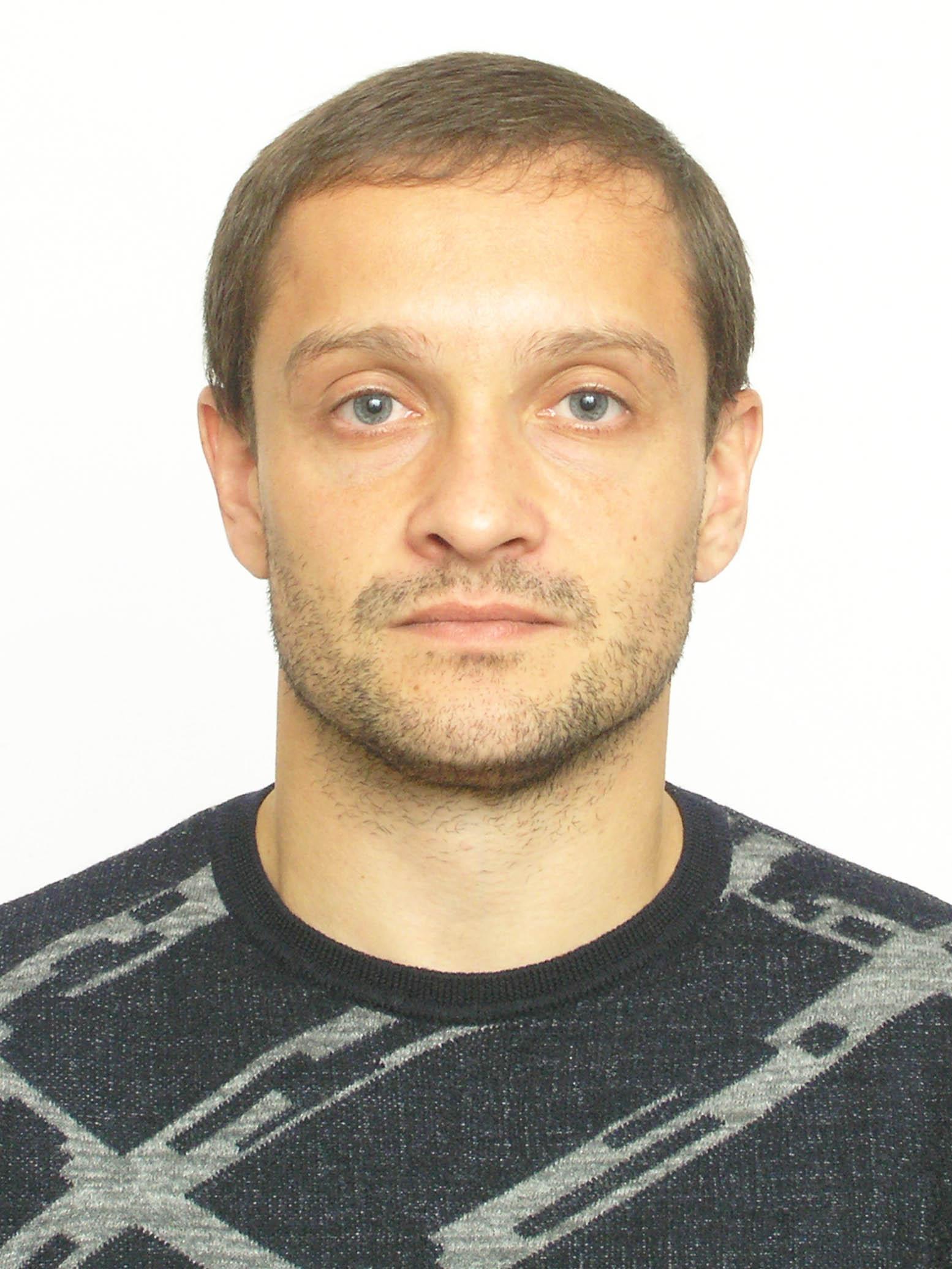 Санжар Роман Николаевич